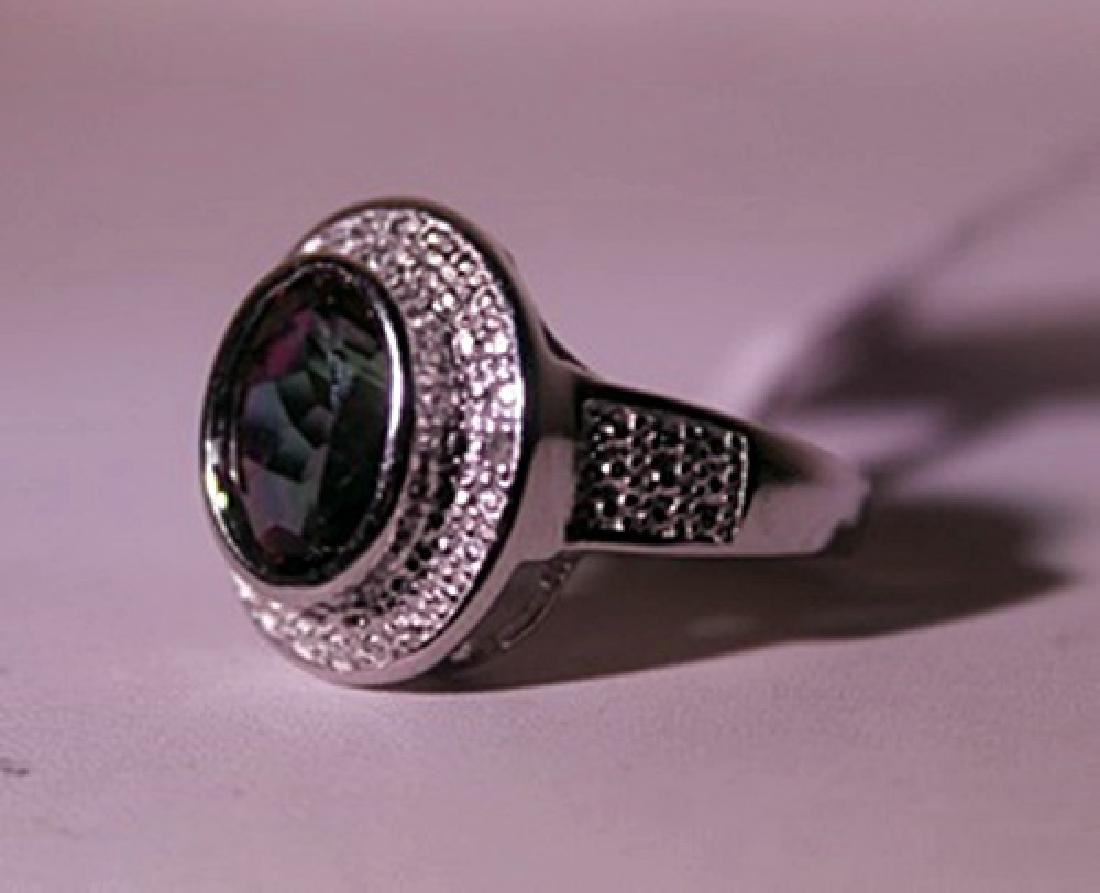 Exquisite Sterling Silver Ring with Lab Alexandrite and