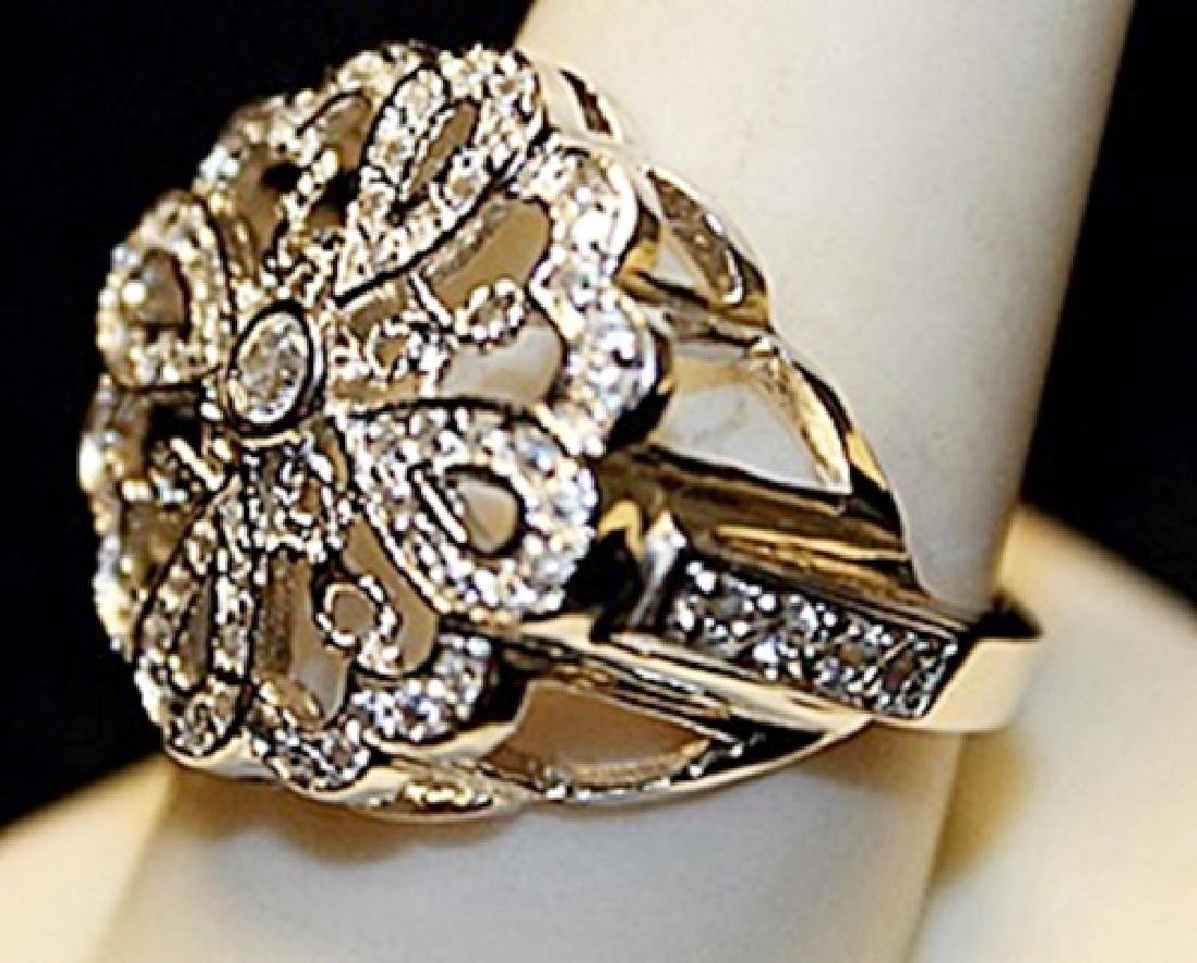 Beautiful White Zirconia Sterling Silver Ring. (781L) - 2