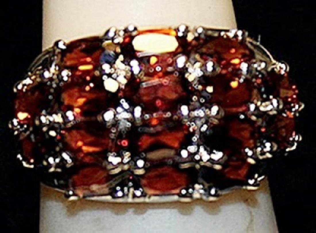 Gorgeous Rose Garnets Sterling Silver Ring. (179L)