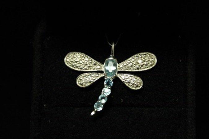 Beautiful Dragonfly Aquamarine Silver Pendant (1D)