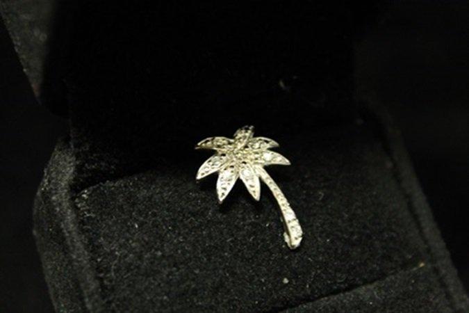 Fine Palm Tree Diamonds Silver Pendant (2D)