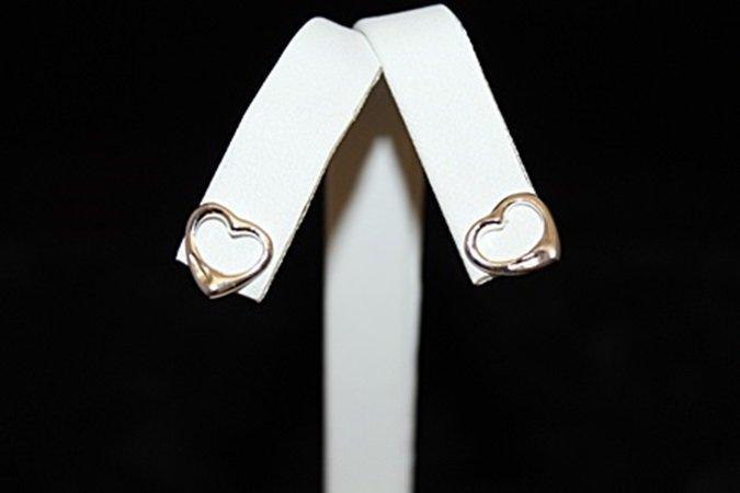 Beautiful T & Co. Heart Silver Stud Earrings (3E)
