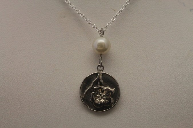 Gorgeous Flower Silver Necklace (7N)