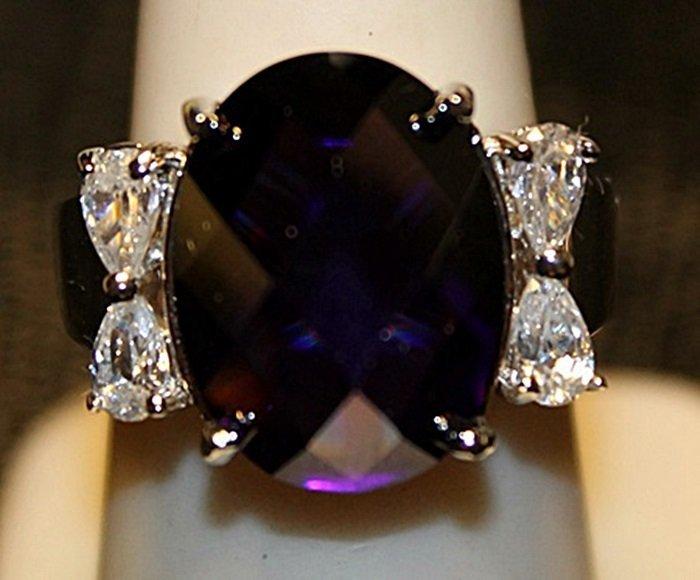 Gorgeous Amethyst & White Topaz SS Ring. (520L)