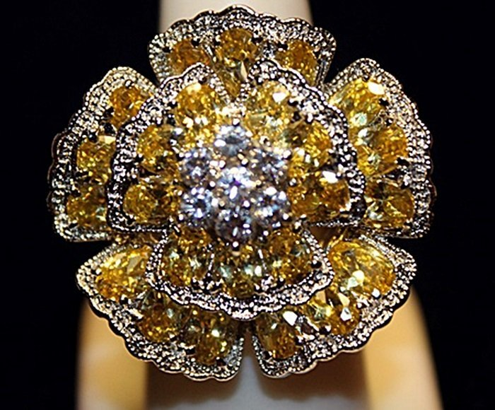 Beautiful Yellow & White Sapphires SS Ring. (752L)