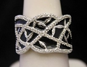 Lady's Beautiful Silver Custom Design Ring With