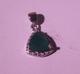 Exquisite Sterling Silver Pendant With Genuine