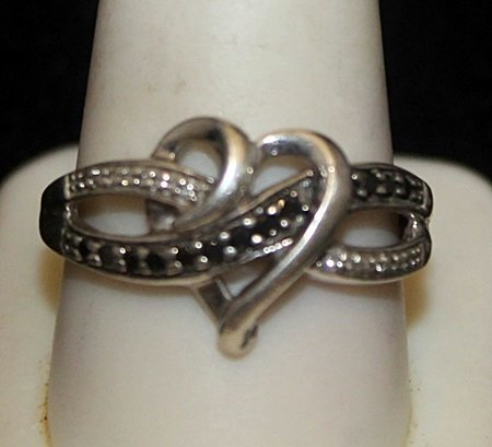 Lady's Fancy Silver Heart Shape Ring with Black