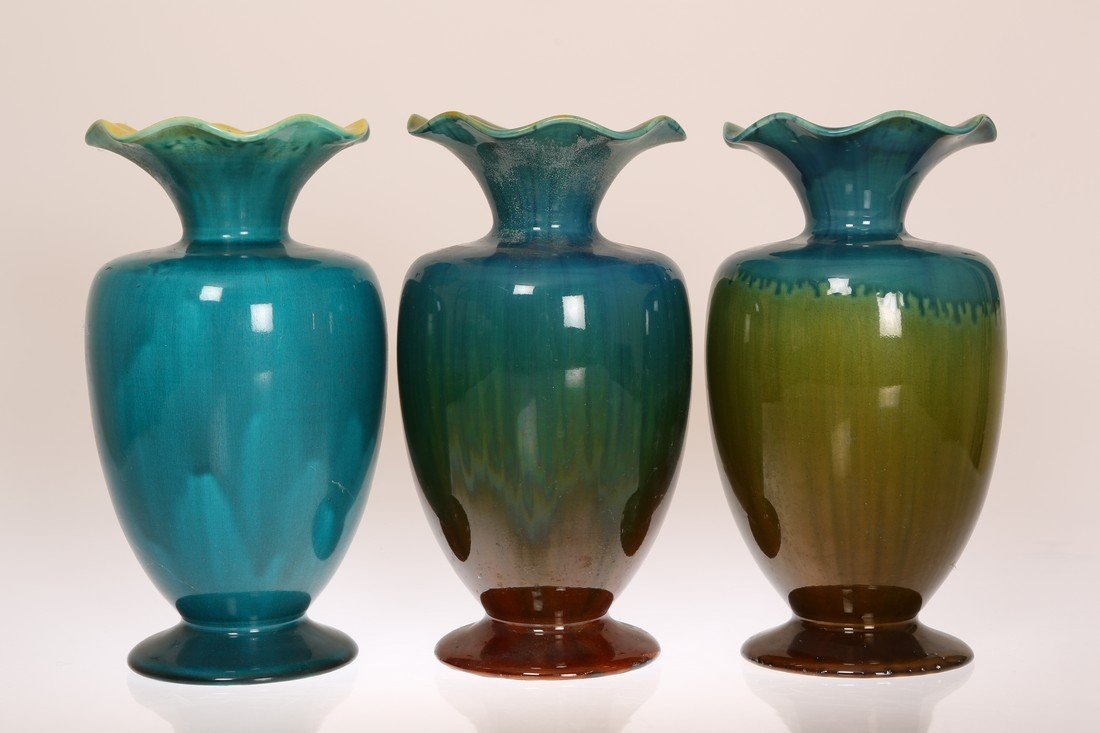 LINTHORPE POTTERY, NO. 1784 A TURQUOISE AND RED GLAZED