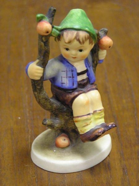 507: Hummel Apple Tree Boy