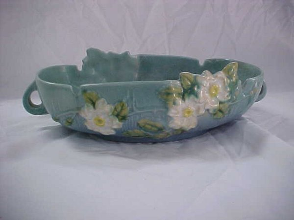 14: Roseville blue White Rose console 291-10