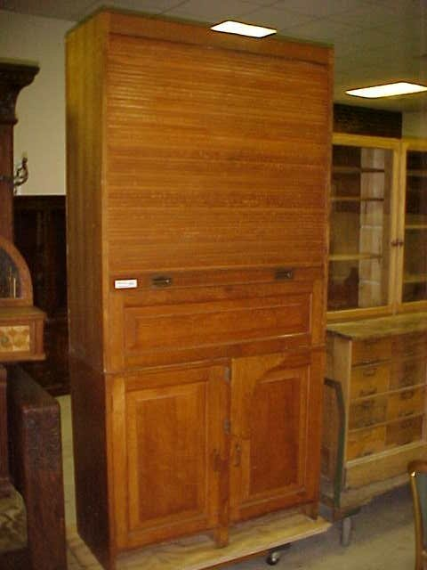 51: Rare Western Union oak desk roll up front