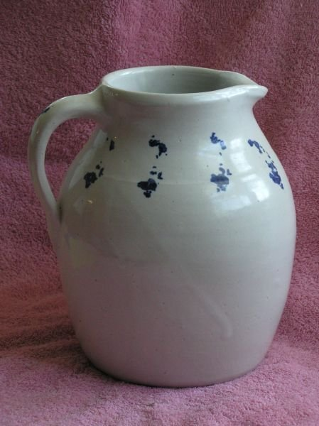 609: SPONGEWEAR POTTERY PITCHER