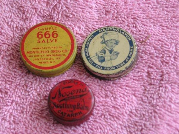 818: SET OF THREE SALVE TINS