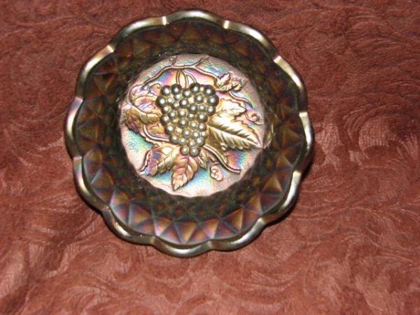 7: Carnival glass bowl w/grapes
