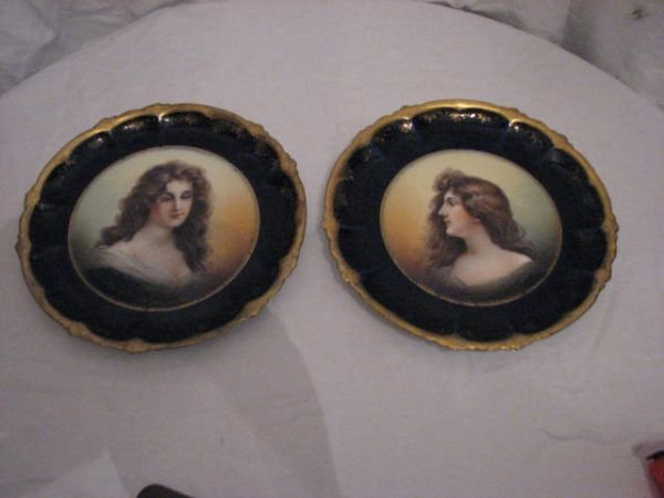 22: pair of Victorian portrait plates