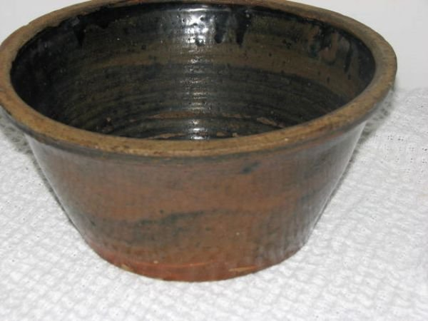 16: Early Crawford County Georgia folk pottery bowl.