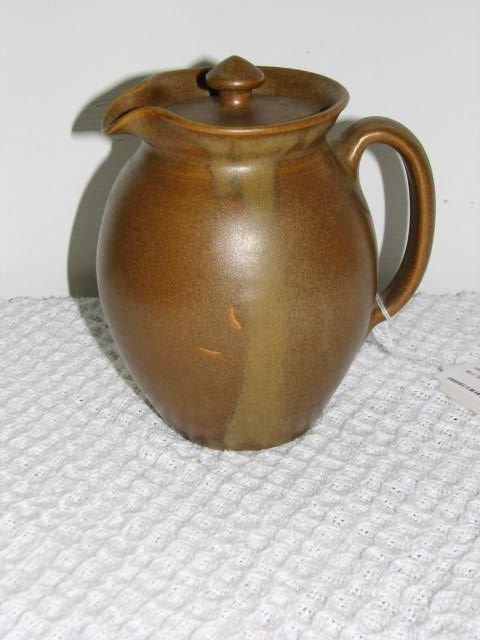 18: W.J. Gordy Mountain gold glaze pitcher w/lid