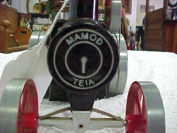 4: Mamod steam tractor includes fuel box - 2