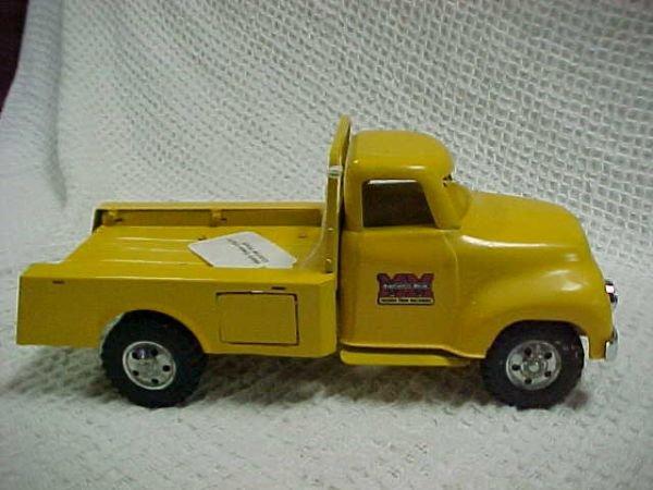 23: 1950's Tonka utility custom truck