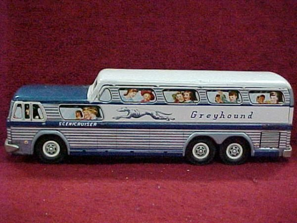 54: Battery operated Greyhound Scenic crusier bus