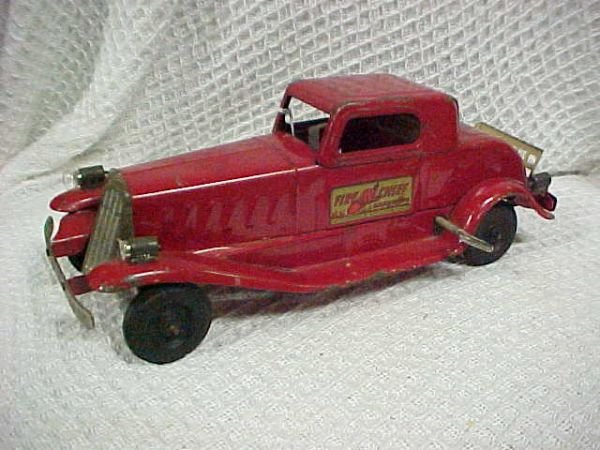 67: Girard Siren Fire Chief car original conditon worki