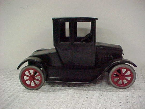 1510: Restored Buddy L Fliver Coupe 1920's T Model