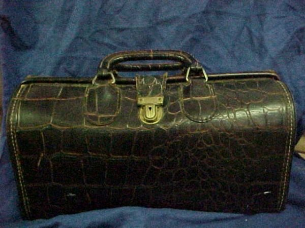 2024: Cowhide leather alligator hide Early Doctor's ba