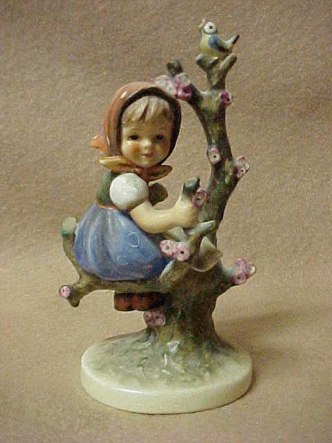 3011: Hummel Apple tree girl 6""