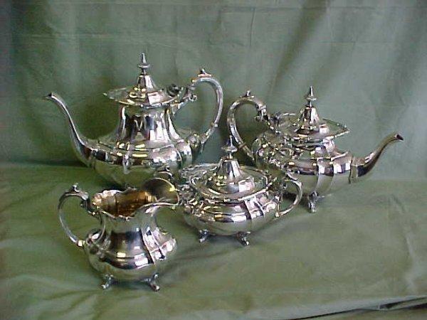 200: Reed & Barton Sterling silver 660 Hampton Court pa