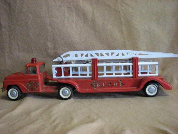 12: Buddy L fire truck original.