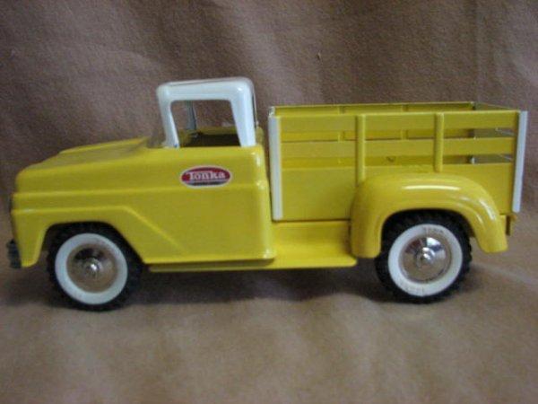 19: 1960's Tonka farm stakebed pickup.