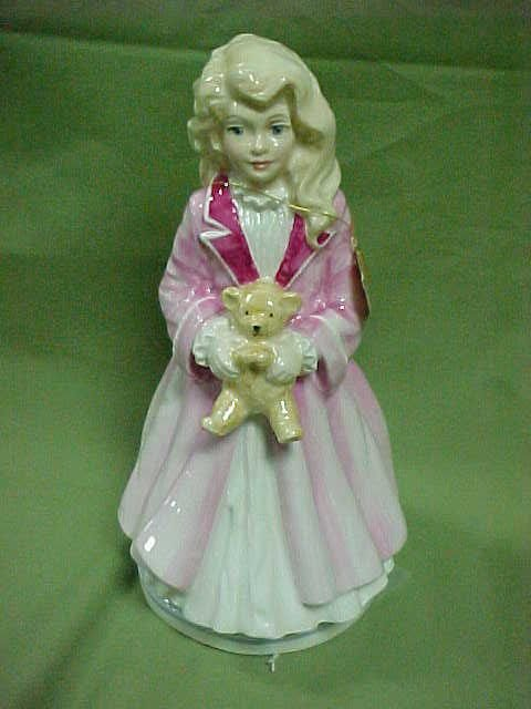 207: Royal Doulton figurine Faith