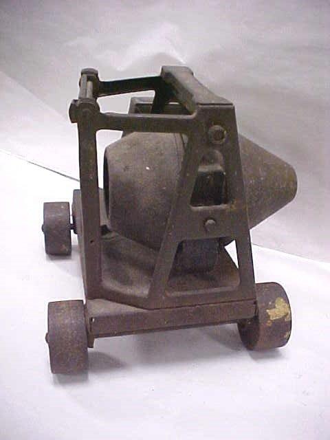 126: (14) Antique toy RARE 1920s Buddy L cement mixer - 4