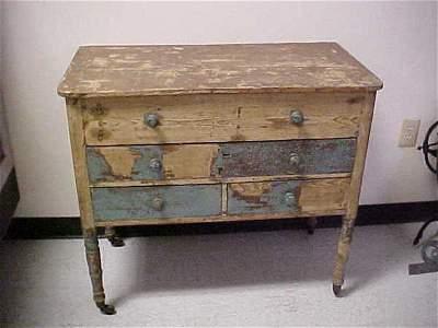 198: Circa 1800-1830 Sheraton Yellow pine server
