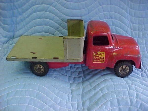 24: Buddy L Freight Delivery truck 1954