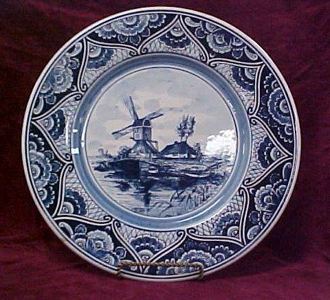 "419: 12"" blue Deflt handpainted plate"