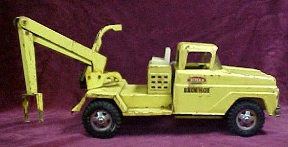 702: 1960s Tonka backhoe toy