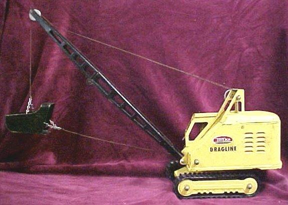 704: 1950s Tonka dragline toy