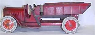 1920s Structo Dual lever toy dump truck