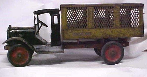 713: 1920s Keystone Packard US Mail toy truck