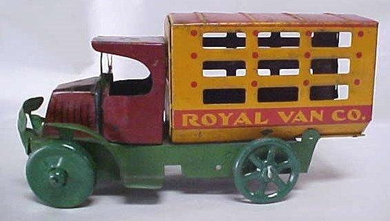 719: 1920s Marx Mack Royal Vanlo tin litho