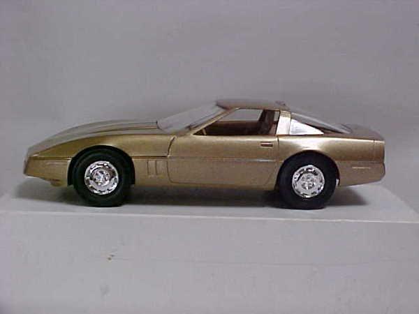 722: 1986 Gold Corvette promo toy car boxed