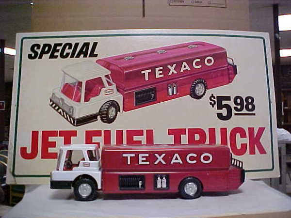 1410: Texaco jet fuel toy truck and promo sign