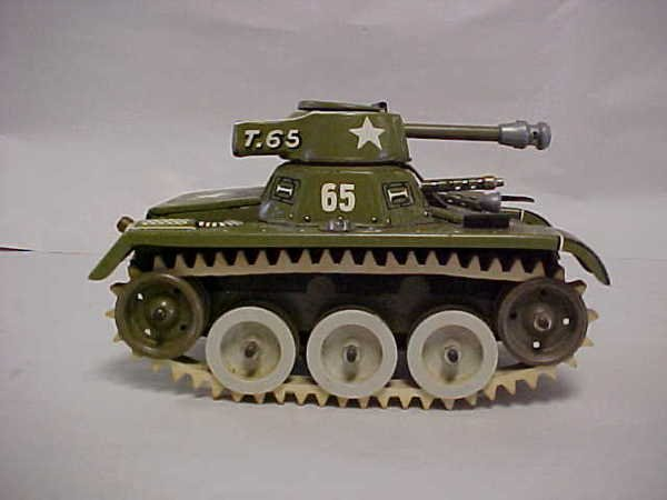 1411: US Zone Germany wind up toy tank rubber tires