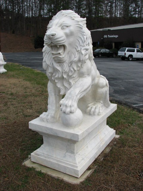 500: Pair large finely carved detailed white marble lio