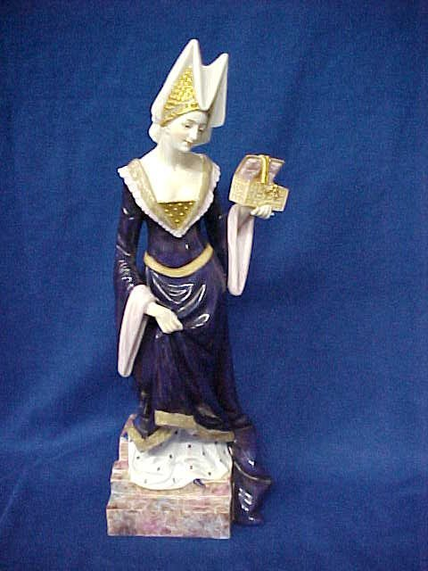 550: Volkstedt Early Classical German porcelain figurin