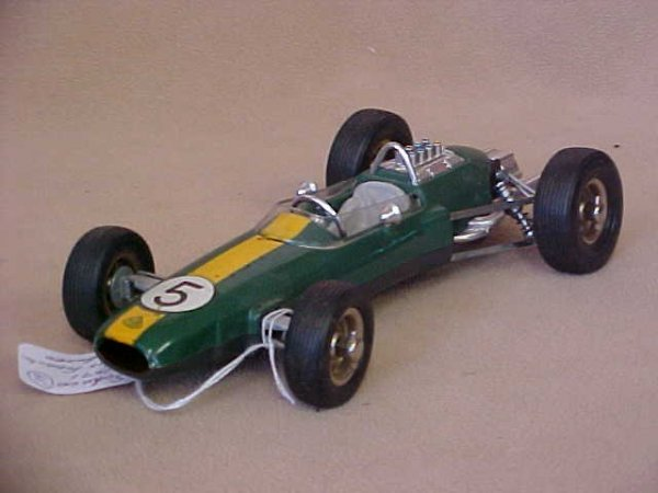 65: Schuco #1071 Lotus Formula 1 race car w/box.