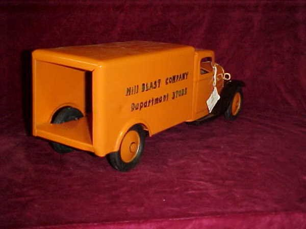 1111: 1933-34 Delivery truck