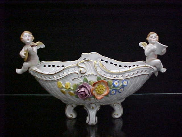 5: Early Handpainted Dresden Germany centerpiece w/cheu